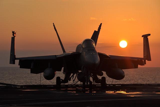 carrier deck F/A-18F